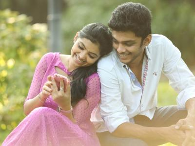 Un kanavugal Song Lyrics