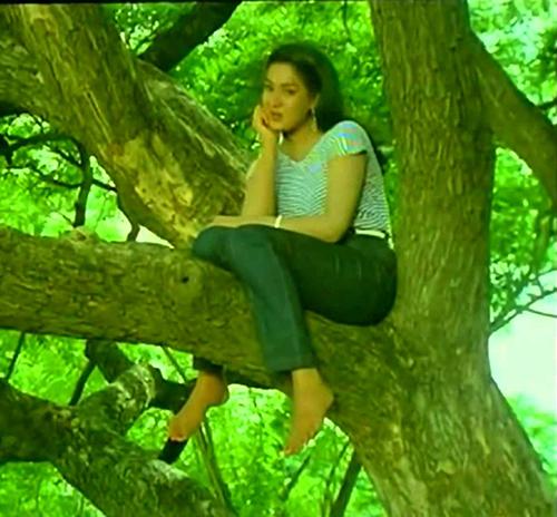 Oororama Aathupakkam Song Lyrics