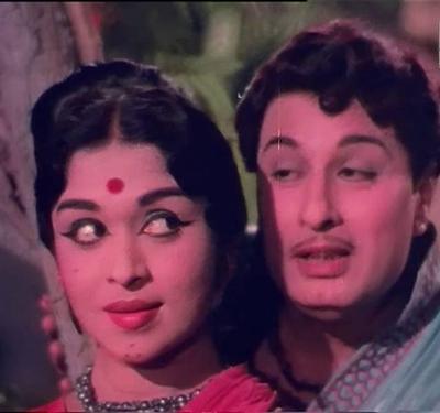 Naan Oru Kuzhandhai Song Lyrics