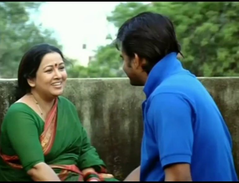 Poovanathil Maramundu Song Lyrics