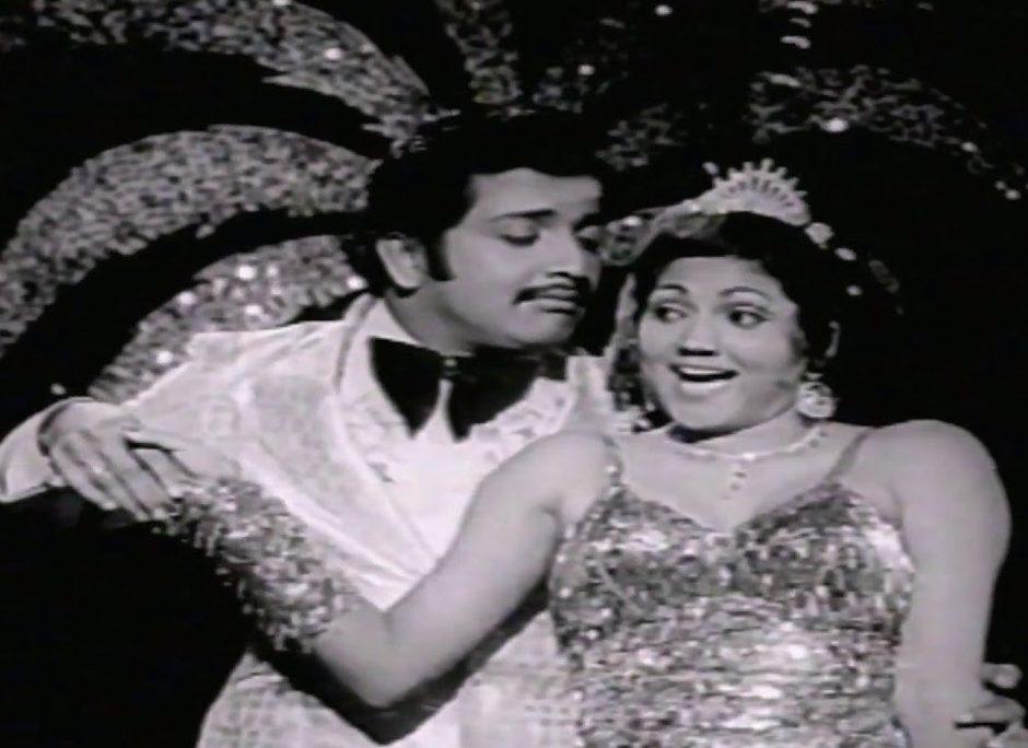 Oru Kaadhal Devathai Song Lyrics