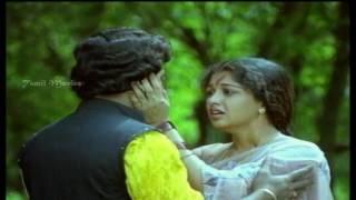 En Kaveriye Song Lyrics