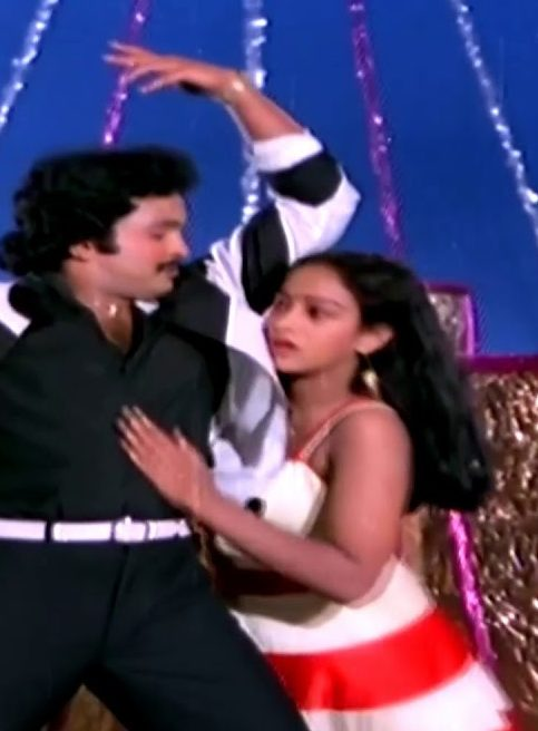 Gangai Nadhi Meeno Song Lyrics