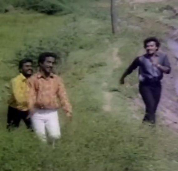 Pazhamuthir Cholai Song Lyrics