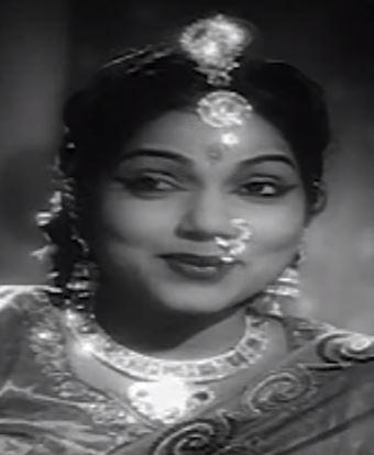 Kannile Iruppathenna Female Song Lyrics