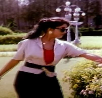 Kadhal Illamal Song Lyrics