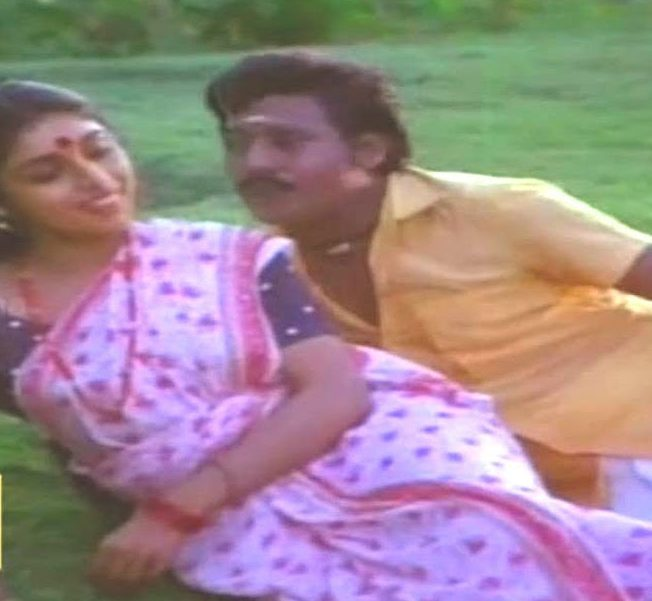Nee Pogum Padhaiyil Song Lyrics