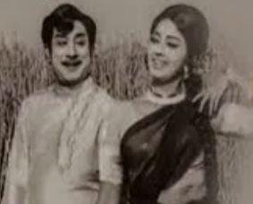 Muthucharam Soodi Varum Song Lyrics