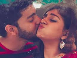 Nagarathey Song Lyrics