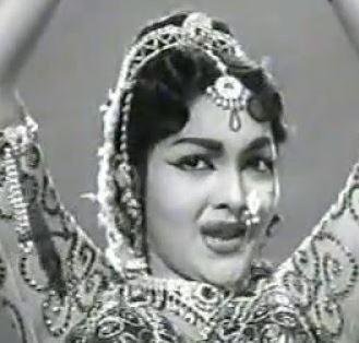 Thamizh Engal Uyiranathu Song Lyrics