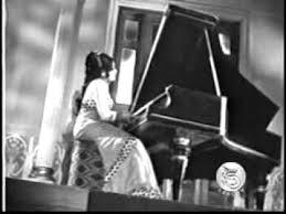 Oraayiram Karpanai Female Song Lyrics