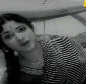 Pandhal Irundhaal Kodi Padarum Song Lyrics
