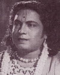 Unnarulaal Indha Udal Valarum Song Lyrics