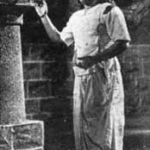 Varattum Vandhaal Vazhi Solven