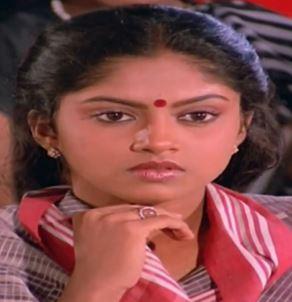 Sondhangalai Vazhthi Song Lyrics