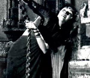 Kotravan Madhurai Moodhor Song Lyrics
