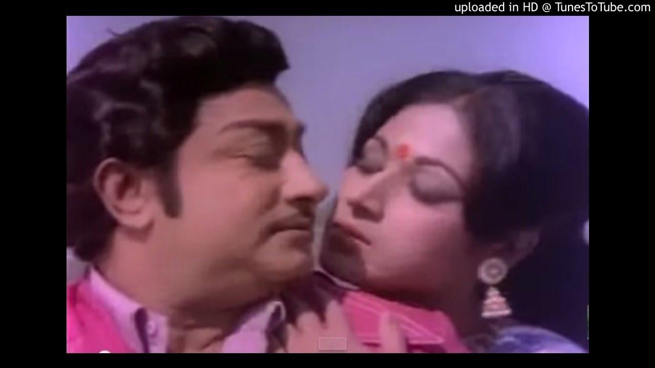 Sindhunadhi Karaiyoram Song Lyrics