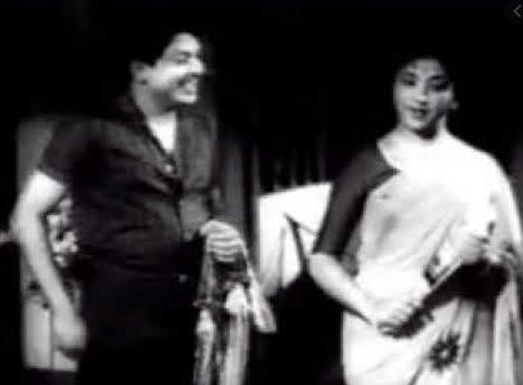 Unnai Adaindha Manam Song Lyrics