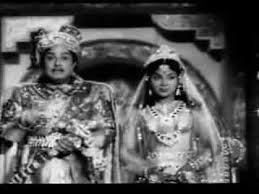 Varuga Varuga Vaendhe Song Lyrics