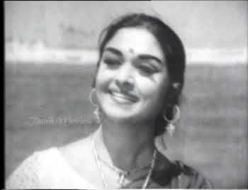 Naan Paadiya Mudhal Song Lyrics