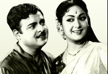 Thanga Nilavil Song Lyrics