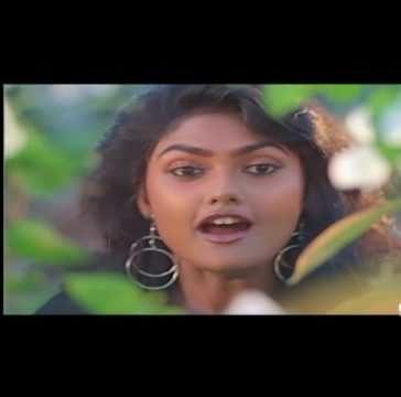 Oru Kaathu Karuppu Song Lyrics