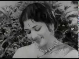 Thoothu Sella Oru Thozhi Song Lyrics