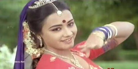 Pottu Vaiththa Nila Song Lyrics