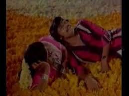 Vaanam Ingae Mannil Song Lyrics