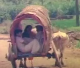 Aathora Aalamaram Song Lyrics