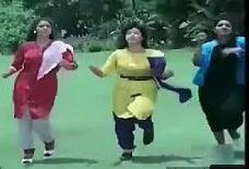 Adippen Pattathaan Song Lyrics