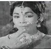 Azhagin Avatharame Song Lyrics
